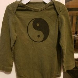 Other - Adorable yin yang onesie